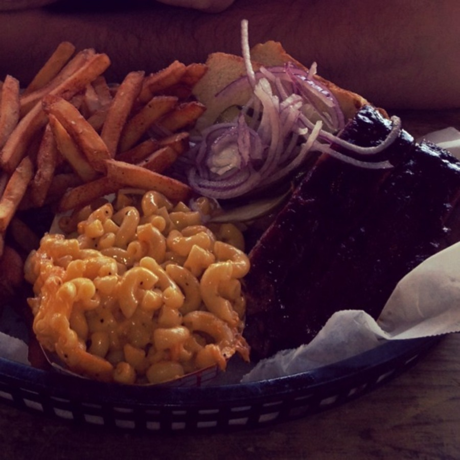 Amelia Patsy's photo of Binge on Blissful BBQ at the Q Shack