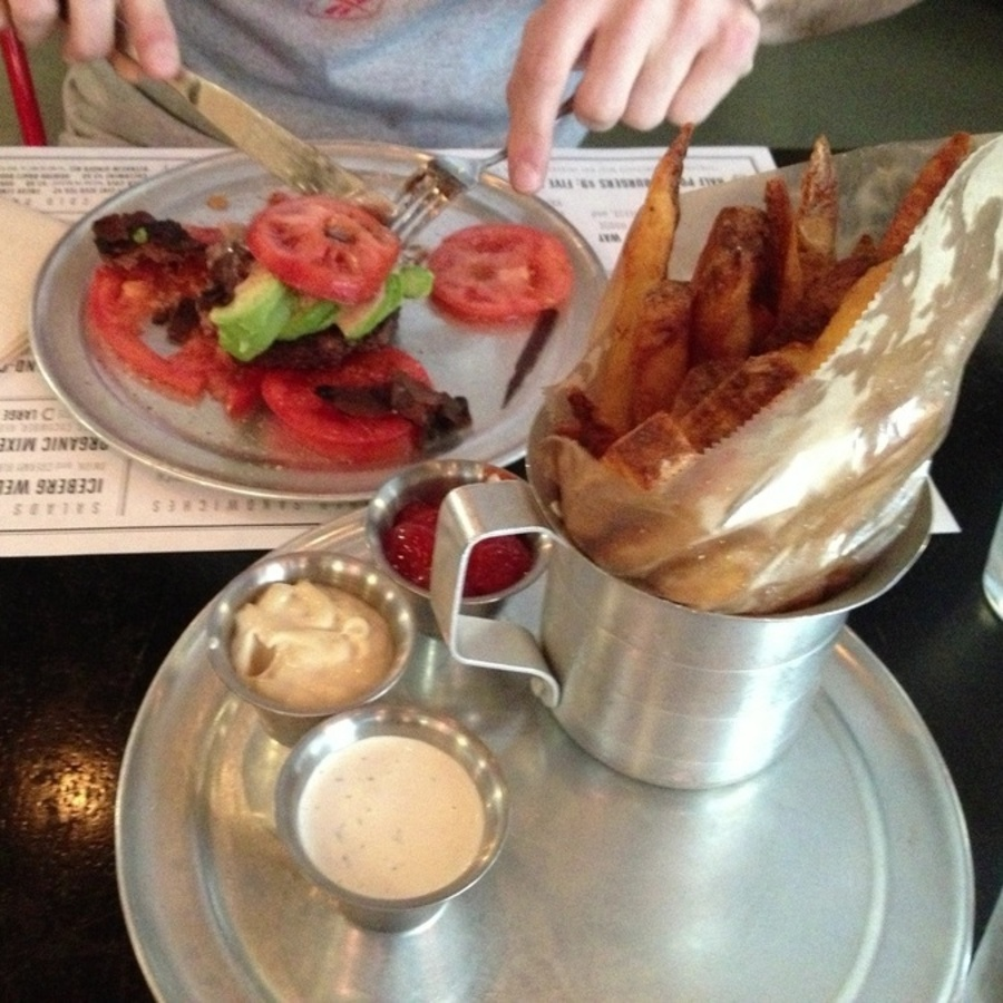 Katie Gunter's photo of Order Captain Andy's Paleo Burger