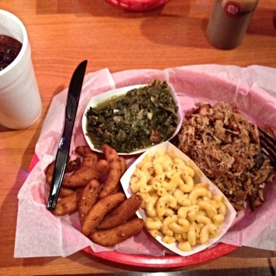 Chelsea Pieroni's photo of Binge on Blissful BBQ at the Q Shack